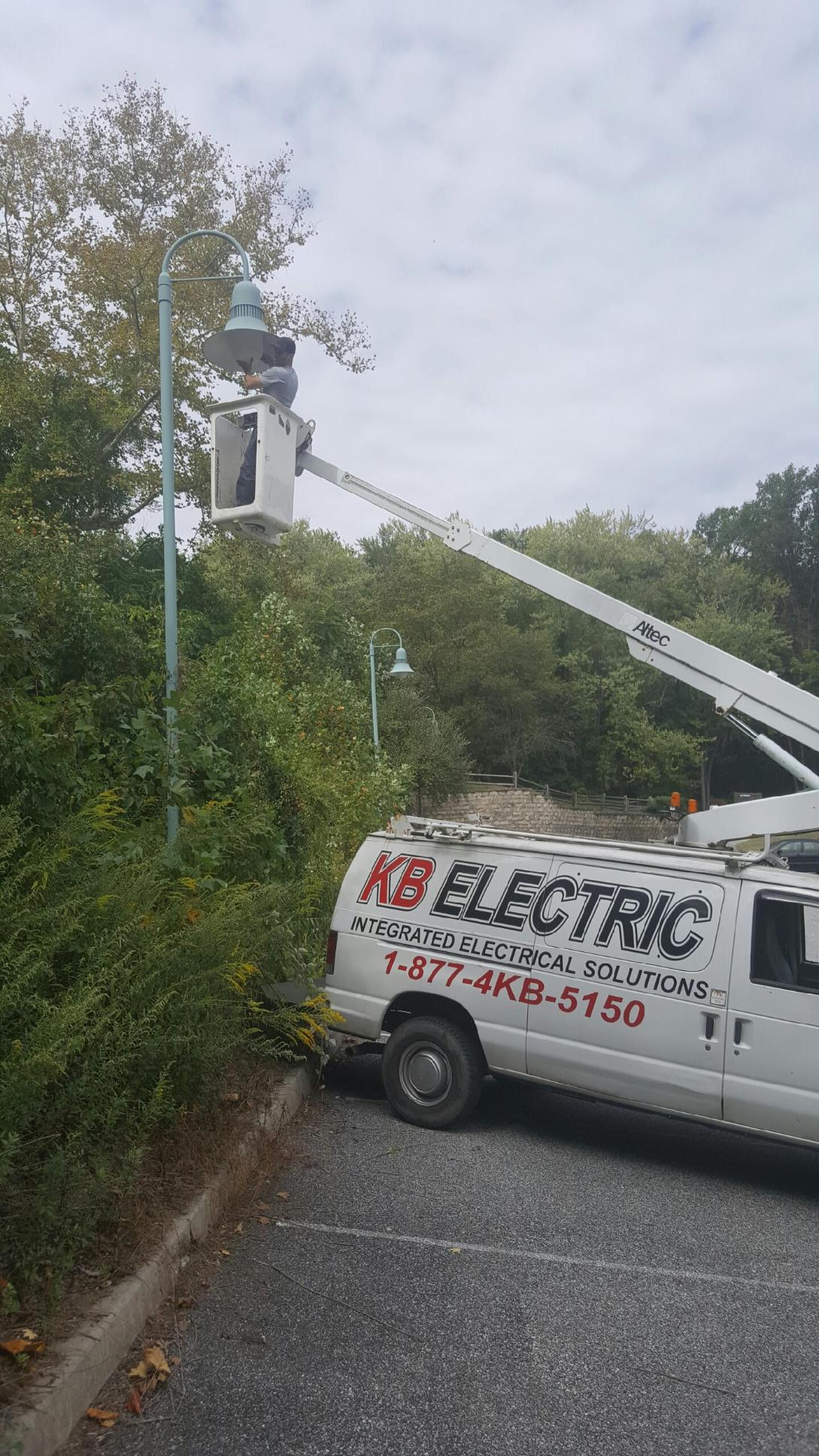 property management electrician - parking lot lights