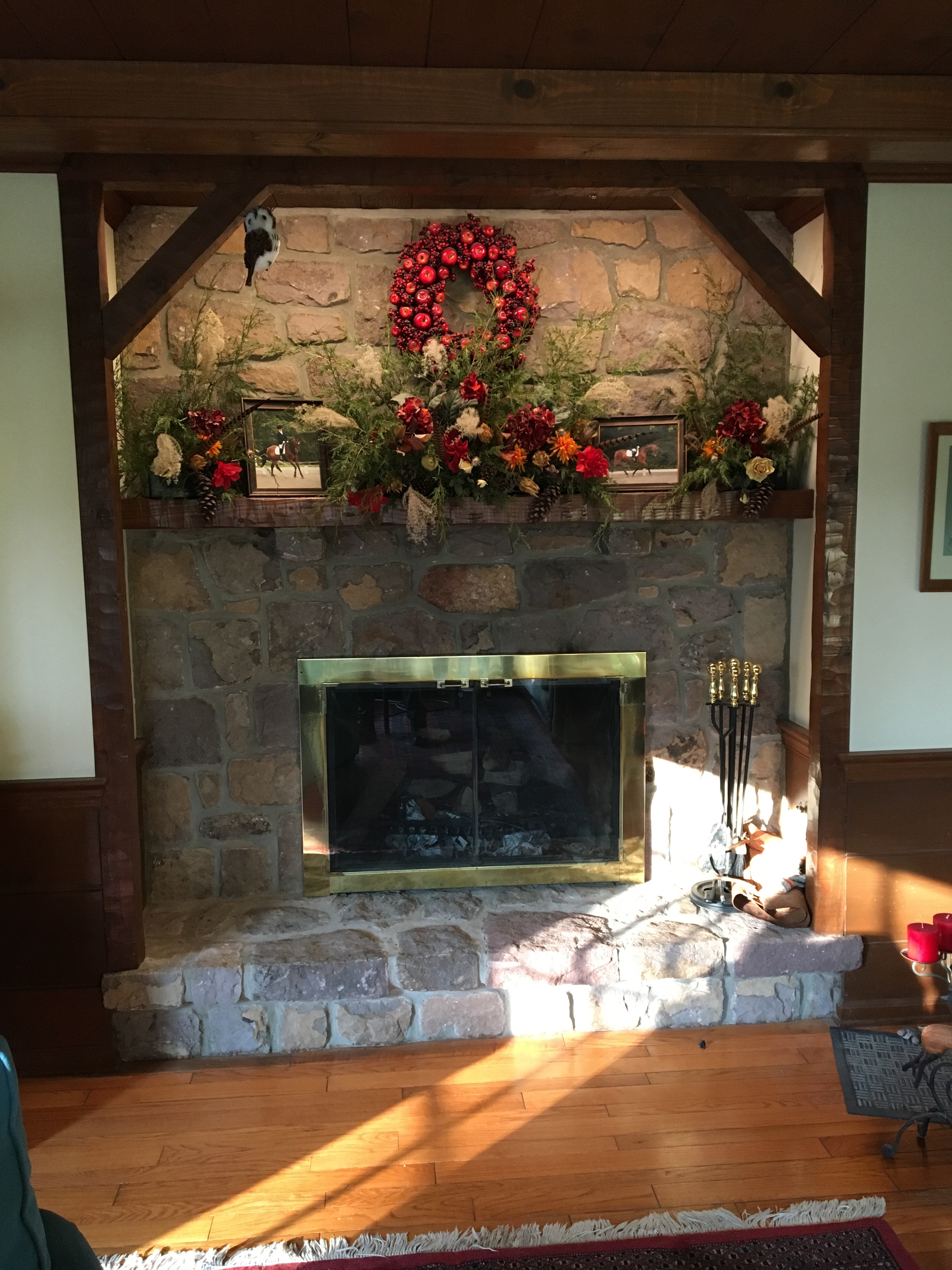 Accent Lighting For The Holidays Interior Decorative Displays