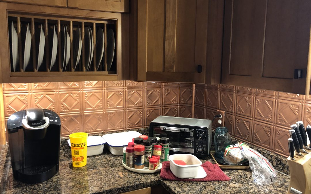 Why I Love My Under Cabinet Lights: A Post By The Electrician's Wife