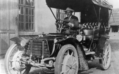 History of the Electric Car: A Timeline From 1832 to 2019