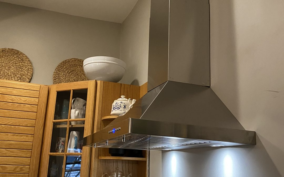 Vented vs Unvented Range Hoods: Know Which Is Best Before Installation